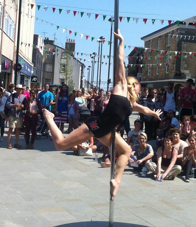 Pagan Performs for the Olympic Torch Relay 2012